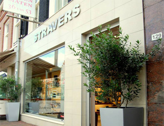 Stravers Shoe store