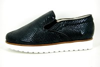 Stravers slip-on sneakers ladies - black leather in small sizes