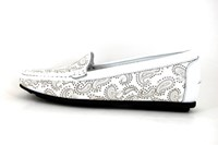 Summer Paisley mocassins - white in large sizes