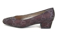 Bordeaux pumps low heel