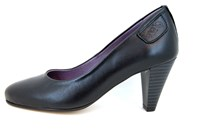 Black leather heels in large sizes