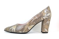 Exclusive Pointed Pumps - Multicolor in small sizes