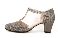T-strap pumps - taupe in large sizes