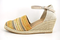 Ceylon wedge espadrilles in small sizes