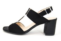 Sandals with thick heels - black in large sizes