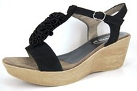 Retro sandals in large sizes