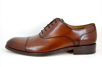 Elegant men's shoes - chestnut brown