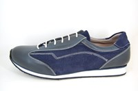 Mens sneakers - blue in small sizes