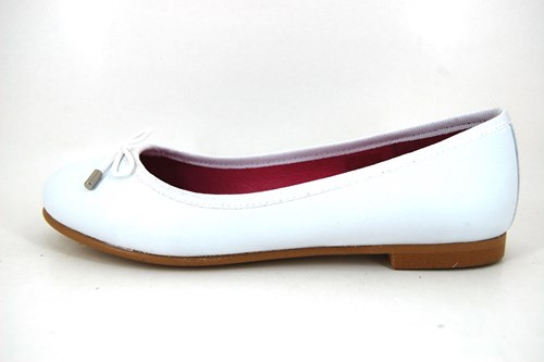 Soft white leather ballerinas