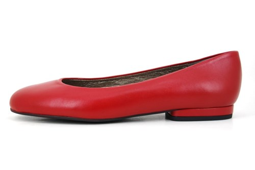 Red plain ballerinas