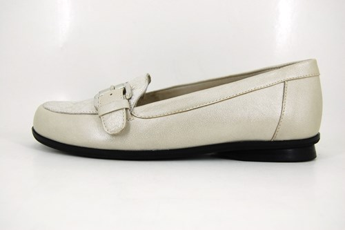 White women loafers