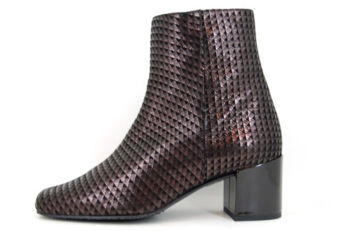 Square nose ankle boots - brown