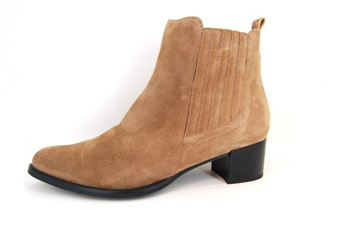 Comfortable Western Boots Beige Low
