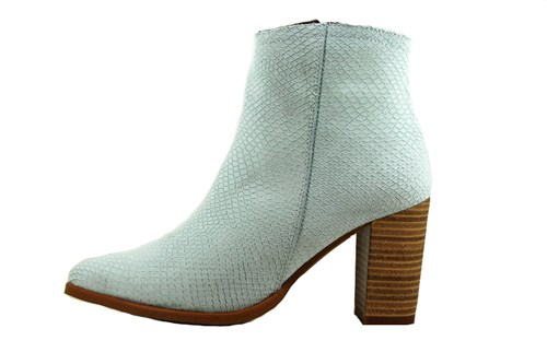 Pointed summer boots - gardenia