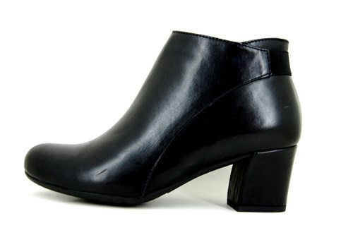 Soft black leather short boots