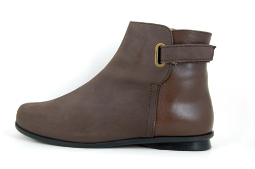 Brown flat short boots