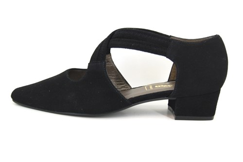 Cross strap pumps low heel - black