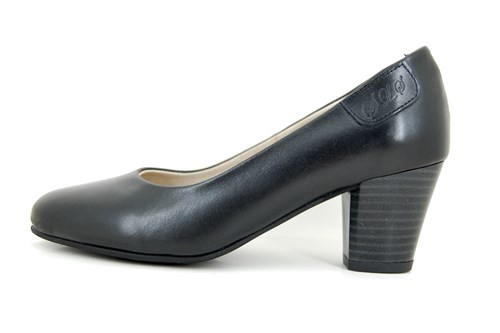 Soft leather pumps - black