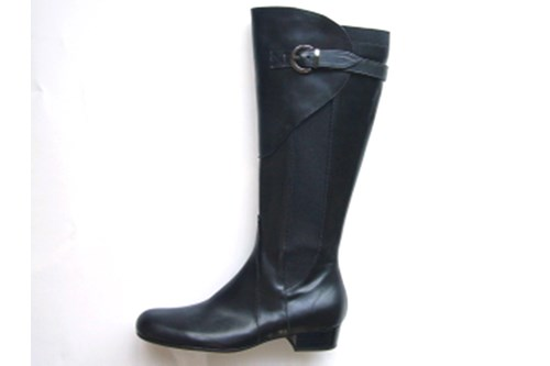 Black comfortable boots