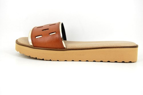 Womens leather slippers - natural gold