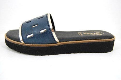 Stravers leather slippers for women - blue