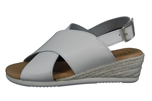 Wedge crossband sandals white