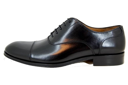 Elegant men's shoes - black