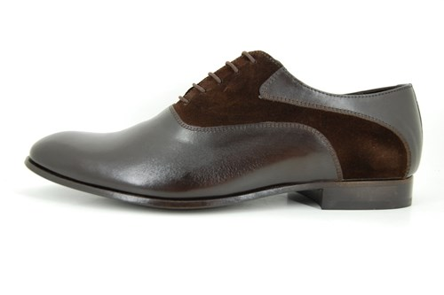 Exclusive brown men's shoe