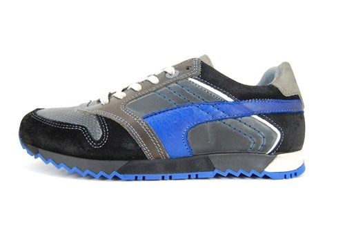Australian mens leather sneakers