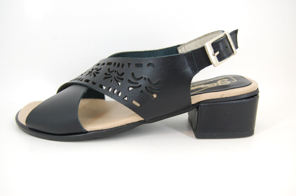 Black Women's Sandals | Small Size | Wedges | Stravers Shoes