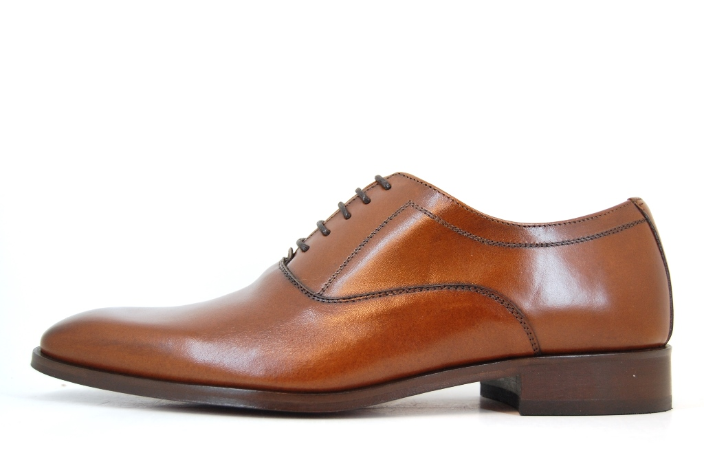 Stylish neat mens shoes - chestnut brown
